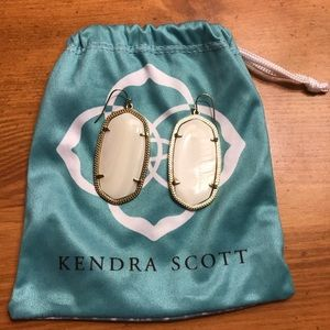 Kendra Scott Danielle Earrings in Ivory